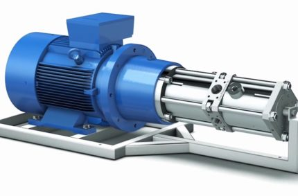 High  pressure pump with power recovery